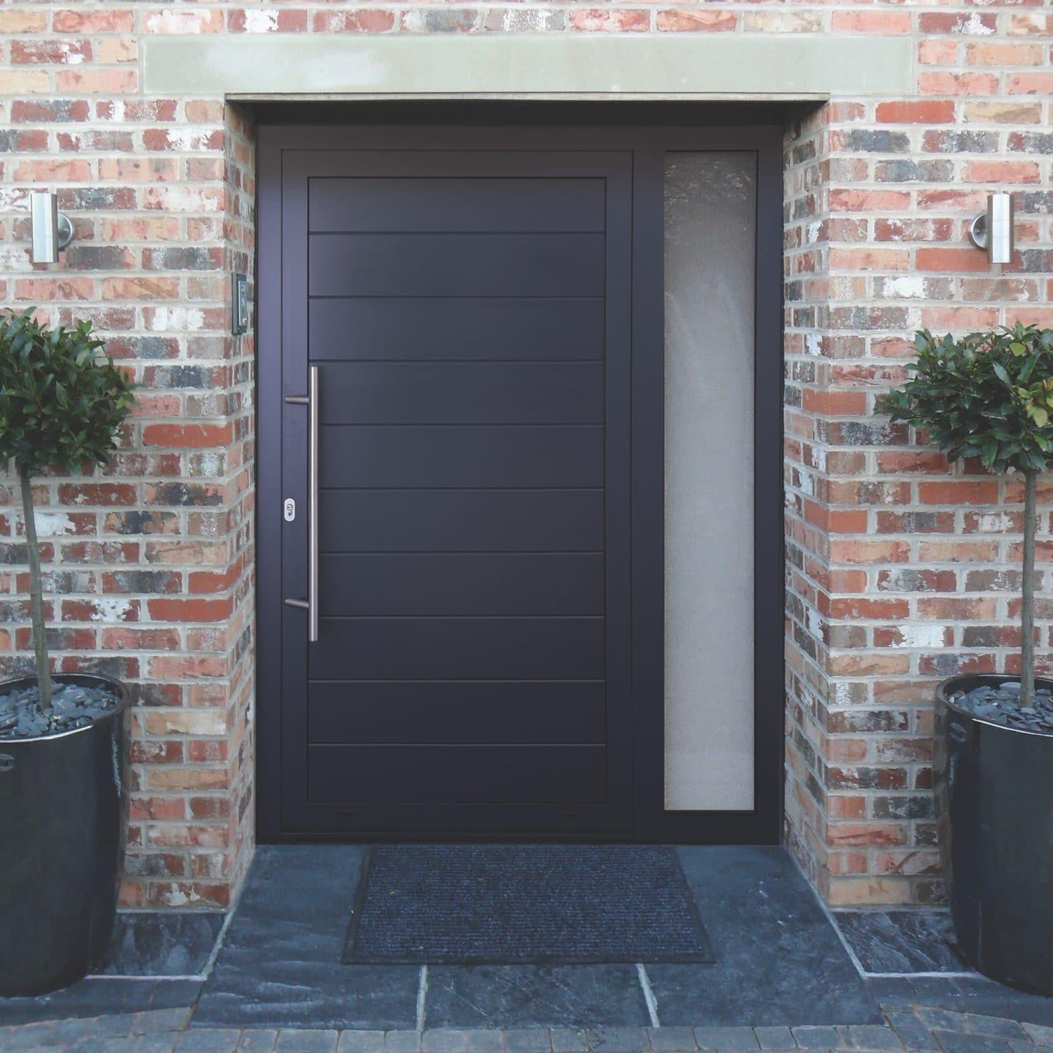 Dutemann Haus Front doors