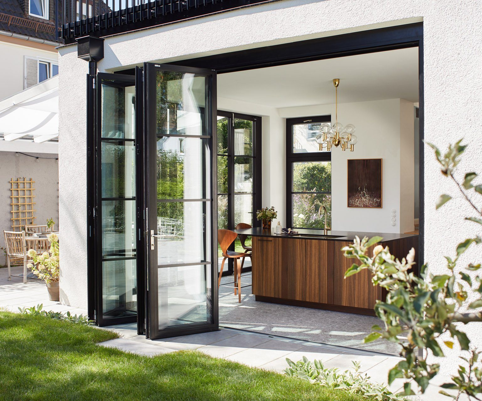 solarlux steel-look doors