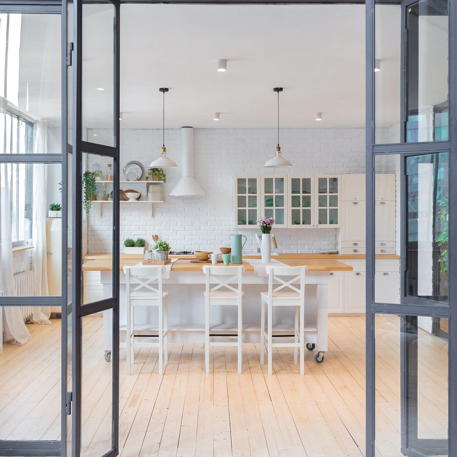 interior bifold doors in the steel look